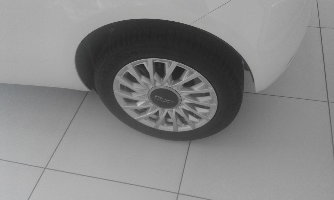 KM 0 FIAT 500 LOUNGE 4