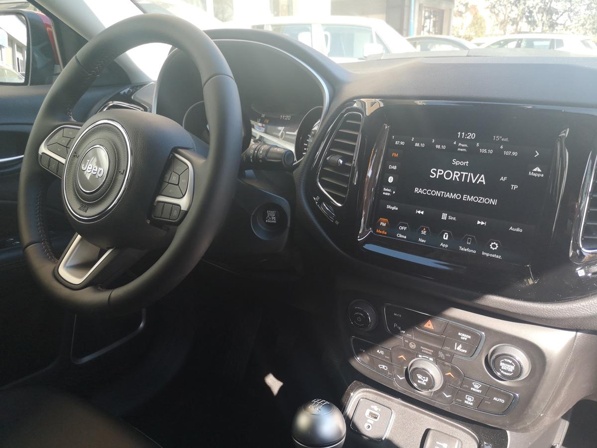 Km-0-SUV-Jeep-Compass-03